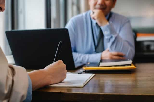Common resume formats to get interviews