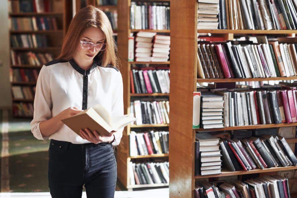Librarian resumes